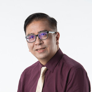 profile picture of dr. william ng yau nang